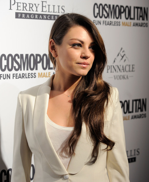 More Pics of Mila Kunis Gold Hoops (1 of 15) - Mila Kunis Lookbook - StyleBistro