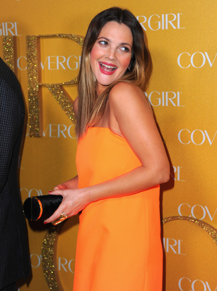 More Pics of Drew Barrymore Hard Case Clutch (7 of 15) - Drew Barrymore Lookbook - StyleBistro
