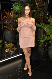 Jenna Dewan-Tatum added more sexiness with a pair of nude triple-strap heels by Giuseppe Zanotti.