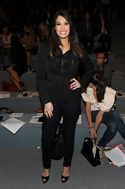 Kimberly Guilfoyle's black skinnies added a touch of sexiness to her structured top.