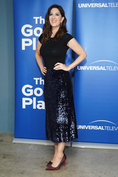 D'Arcy Carden Pumps [the good place,clothing,dress,cobalt blue,premiere,shoulder,fashion,electric blue,footwear,cocktail dress,leg,tmarcy carden,d\u00e2,fyc @ ucb,california,los angeles,ucb sunset theater,universal television,fyc]