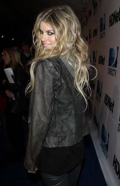 More Pics of Marisa Miller Long Wavy Cut (2 of 5) - Marisa Miller Lookbook - StyleBistro