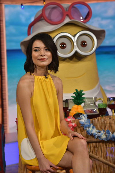 More Pics of Miranda Cosgrove Strappy Sandals (1 of 24) - Heels Lookbook - StyleBistro [yellow,thigh,leg,beauty,eyewear,vacation,lady,summer,glasses,fun,dia,june 27,miranda cosgrove,dm3 - press day miami - un nuevo dia,florida,hialeah]