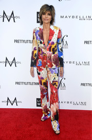 Lisa Rinna was a graphic explosion in this floral pantsuit at the 2018 Fashion Los Angeles Awards.