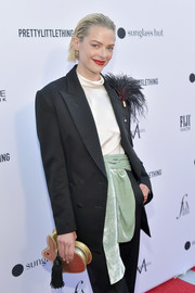 Jaime King accessorized with a cute gold bunny clutch by Hillier Bartley at the 2019 Fashion Los Angeles Awards.