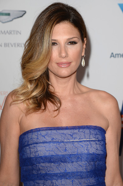Daisy Fuentes Long Side Part