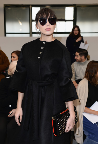 Daisy Lowe Cateye Sunglasses [show,aw16,eyewear,fashion,clothing,fashion design,street fashion,fashion show,outerwear,dress,sunglasses,vision care,celebrities,daisy lowe,antonio berardi,front row,london,england,brewer street car park,london fashion week autumn]