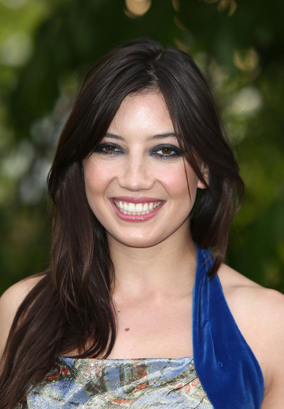 Daisy Lowe Lipgloss [hair,face,hairstyle,beauty,lip,eyebrow,brown hair,smile,chin,long hair,arrivals,daisy lowe,london,england,serpentine gallery summer party,the serpentine gallery,summer party]