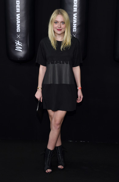 Dakota Fanning Clothes