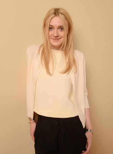 Dakota Fanning Cardigan