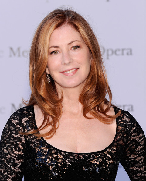 Dana Delany Medium Wavy Cut