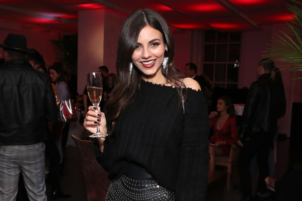 More Pics of Victoria Justice Knee High Boots (1 of 27) - Victoria Justice Lookbook - StyleBistro [fashion,event,design,drink,smile,party,distilled beverage,liqueur,dress,alcohol,daniel wellington celebrates,victoria justice,daniel wellington,mumm napa,rockefeller center,store,store,taylor hill,opening,opening]