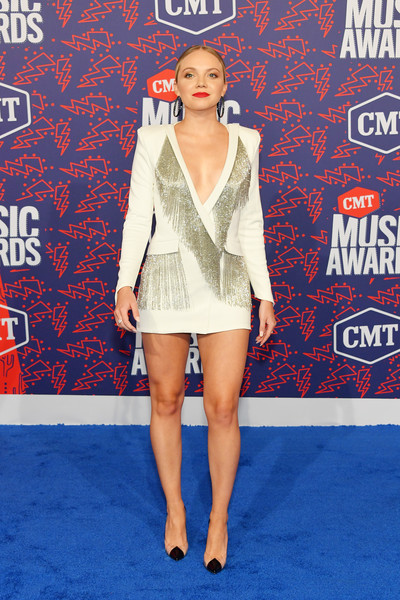 Danielle Bradbery Pumps [clothing,carpet,fashion,electric blue,joint,leg,red carpet,flooring,outerwear,thigh,arrivals,danielle bradbery,cmt music awards,bridgestone arena,nashville,tennessee]