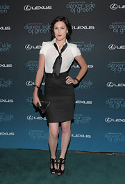Rumer went for a sexy secretary look in a fitted pencil skirt with t-strapped, peep toe pumps.