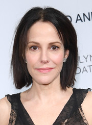 Mary-Louise Parker wore her hair in a casual bob at the Change Begins Within event.