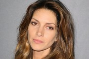 Dawn Olivieri Long Wavy Cut