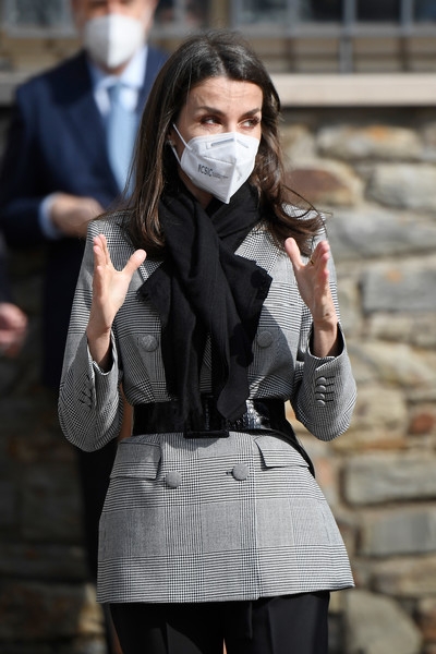 Queen Letizia of Spain showed off her tiny waist when she wore this broad black belt with her blazer.