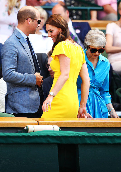 More Pics of Kate Middleton Form-Fitting Dress (1 of 39) - Dresses & Skirts Lookbook - StyleBistro