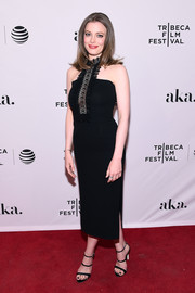 Gillian Jacobs polished off her look with strappy black heels.