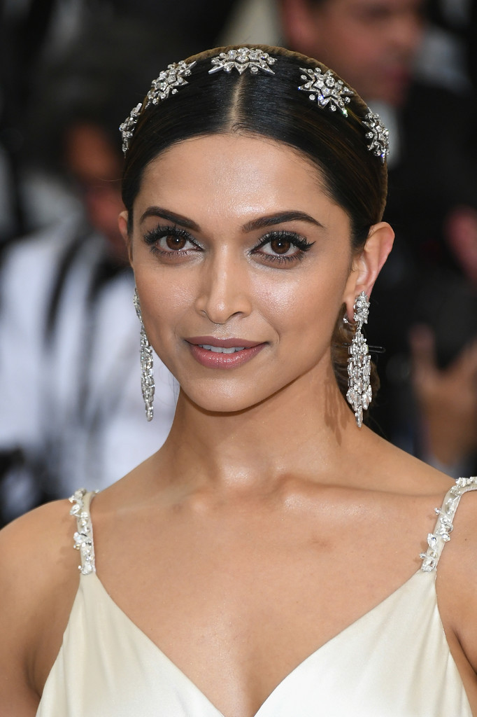 deepika padukone - photo #22