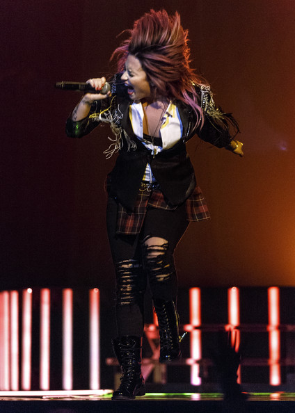 More Pics of Demi Lovato Ripped Jeans (1 of 33) - Jeans Lookbook - StyleBistro [performance,performing arts,stage,event,singing,music artist,singer,concert,performance art,musician,demi lovato,vancouver,bc,canada,rogers arena,demi lovato the neon lights tour,opener,opener]