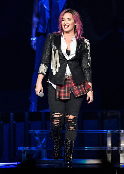 Demi Lovato Fitted Jacket []