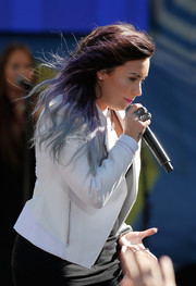 Demi Lovato accessorized with some statement rings by Loree Rodkin for her performance on 'Good Morning America.'