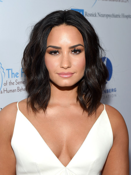 Demi Lovato Medium Wavy Cut [hair,human hair color,hairstyle,fashion model,beauty,shoulder,chin,long hair,black hair,forehead,demi lovato,open mind gala,honoree,beverly hills,california,the beverly hilton hotel,ucla semel institute]