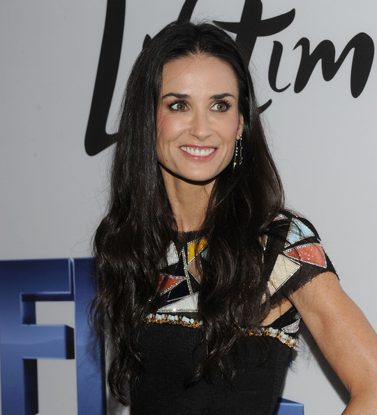 Demi Moores Long Shiny Hair At The Nyc Screening Of Five