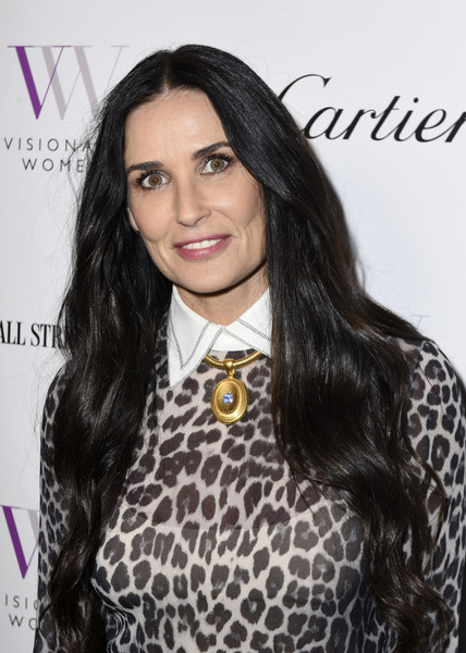 Demi Moore Long Wavy Cut [hair,hairstyle,eyebrow,beauty,lip,long hair,black hair,forehead,fashion,fashion design,visionary women honors,beverly hills,california,demi moore in celebration of international womens day,demi moore]