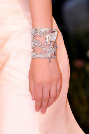 Li Bingbing showed off her decadent diamond bracelet while hitting the Venice Film Festival.
