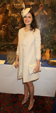 Sophie Winkleman carried a gorgeous cream envelope clutch at the Diamond Jubilee reception.