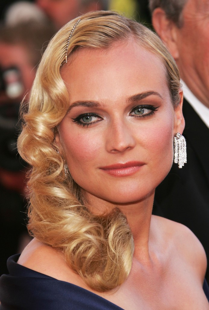 Diane Kruger Long Wavy Cut Looks