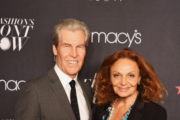 Diane Von Furstenberg Terry Lundgren Macy's Presents Fashion Front Row - Arrivals