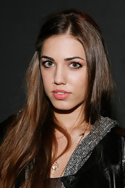 Amber Le Bon made her peepers pop by lining them and adding a hint of neutral eyeshadow to her lids.