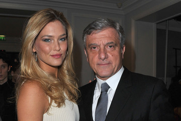 Bar Refaeli Sidney Toledano Dior: Arrivals - Paris Fashion Week Haute Couture S/S 2012