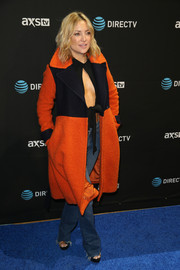 Kate Hudson layered a Diane von Furstenberg two-tone coat over a sexy cutout top for her DirecTV Super Saturday Night look.