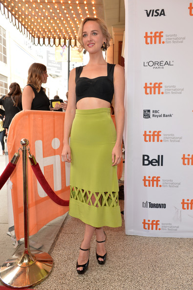 More Pics of Jess Weixler Bobby Pinned Updo (1 of 12) - Bobby Pinned Updo Lookbook - StyleBistro