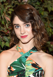 Natalia Dyer looked sweet with her short curls at the world premiere of 'Manhunt: Unabomber.'