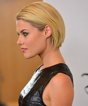 Racheal Taylor loves to slick back her sleek blonde bob into this high-fashion 'do.