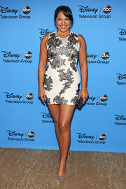 Sara's black-and-white patterned mini dress showed off her long legs at the 2013 Summer TCA Tour.