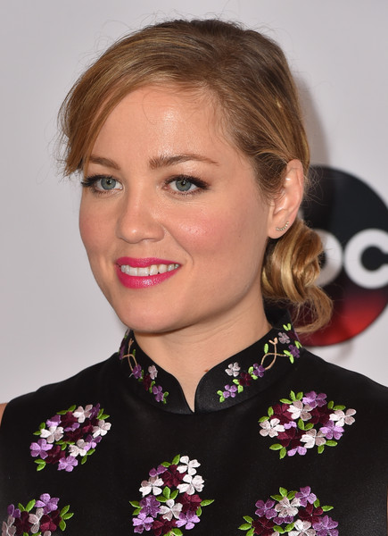 Erika Christensen glammed up her look with this chignon for the Disney Group's Summer TCA Press Tour.