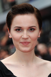 Veronica Roth styled her hair into a fauxhawk for the European premiere of 'Divergent.'