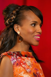 Kerry's half-up 'do looked extra elegant with a braid in the mix.