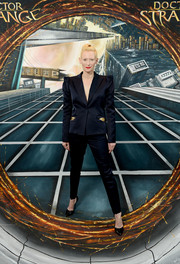 Tilda Swinton opted for a bold-shouldered black pantsuit by Schiaparelli Couture when she attended the 'Doctor Strange' fan screening.