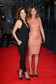 Emily Mortimer complemented her pantsuit with a pair of tulle-embellished pointy pumps during the 'Doll and Em' screening in London.