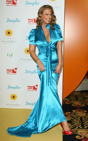 Barbara Schoeneberger showed off her red satin peep-toe pumps at the 2009 Dreamball.