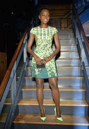 Lupita Nyong'o's Michael Nelson box clutch provided an elegant finish to her look.