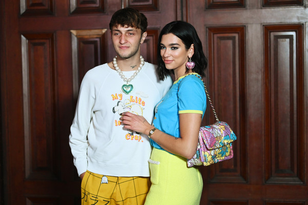 Dua Lipa Printed Shoulder Bag [yellow,fashion,youth,fun,event,photography,happy,fashion design,leisure,smile,arrivals,anwar hadid,new york city,park avenue armory,dua lipa,marc jacobs spring 2020 runway show]