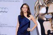 Jennifer Garner Is Sultry in a Saphire YSL Evening Gown